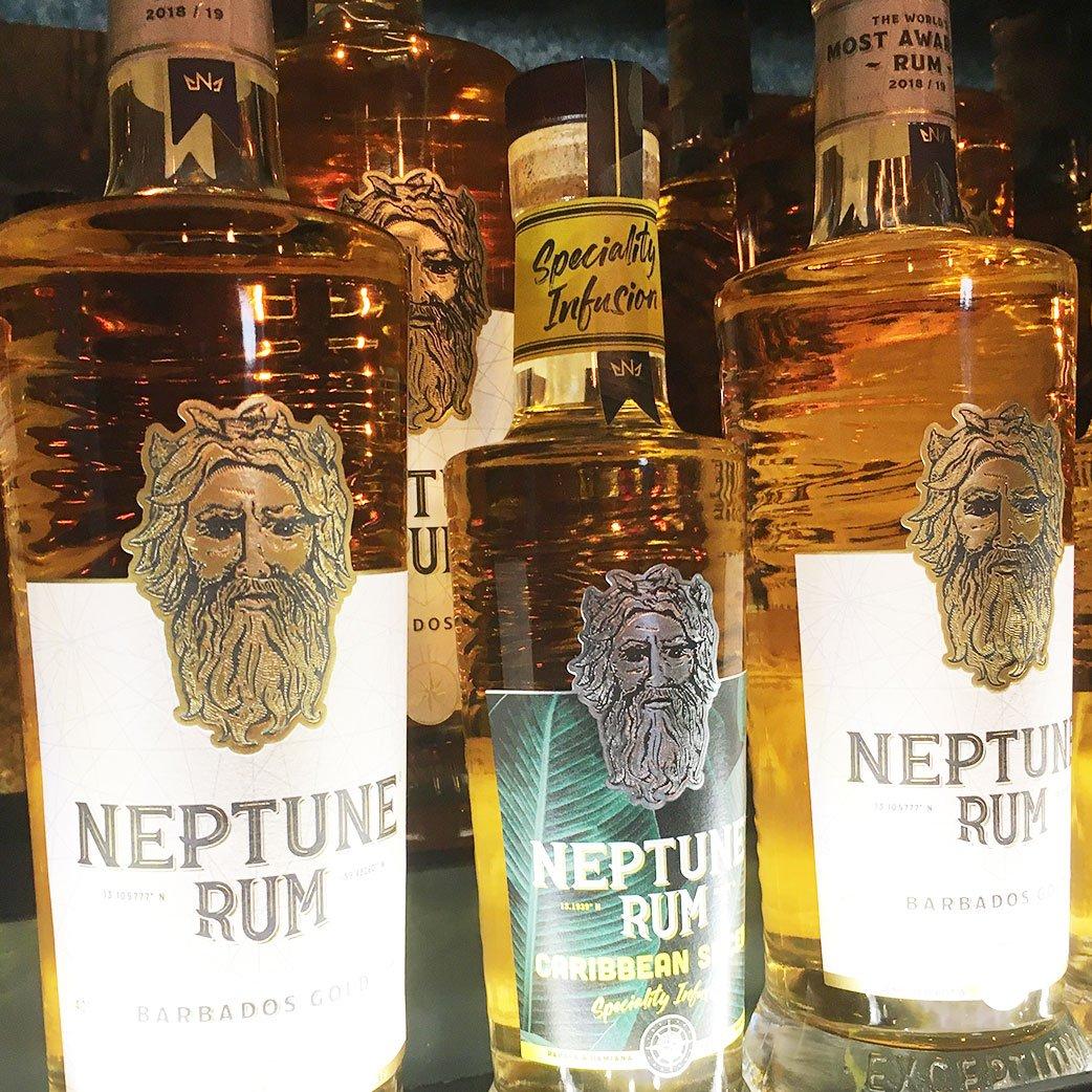 Neptune-Rum-Spiced-gold-bottles